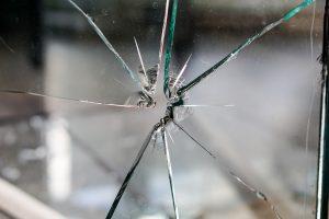 Remplacement de vos vitres cassées